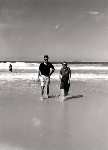 Bishop e Lowell em Copacabana