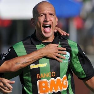 Fábio Júnior é bola no filó